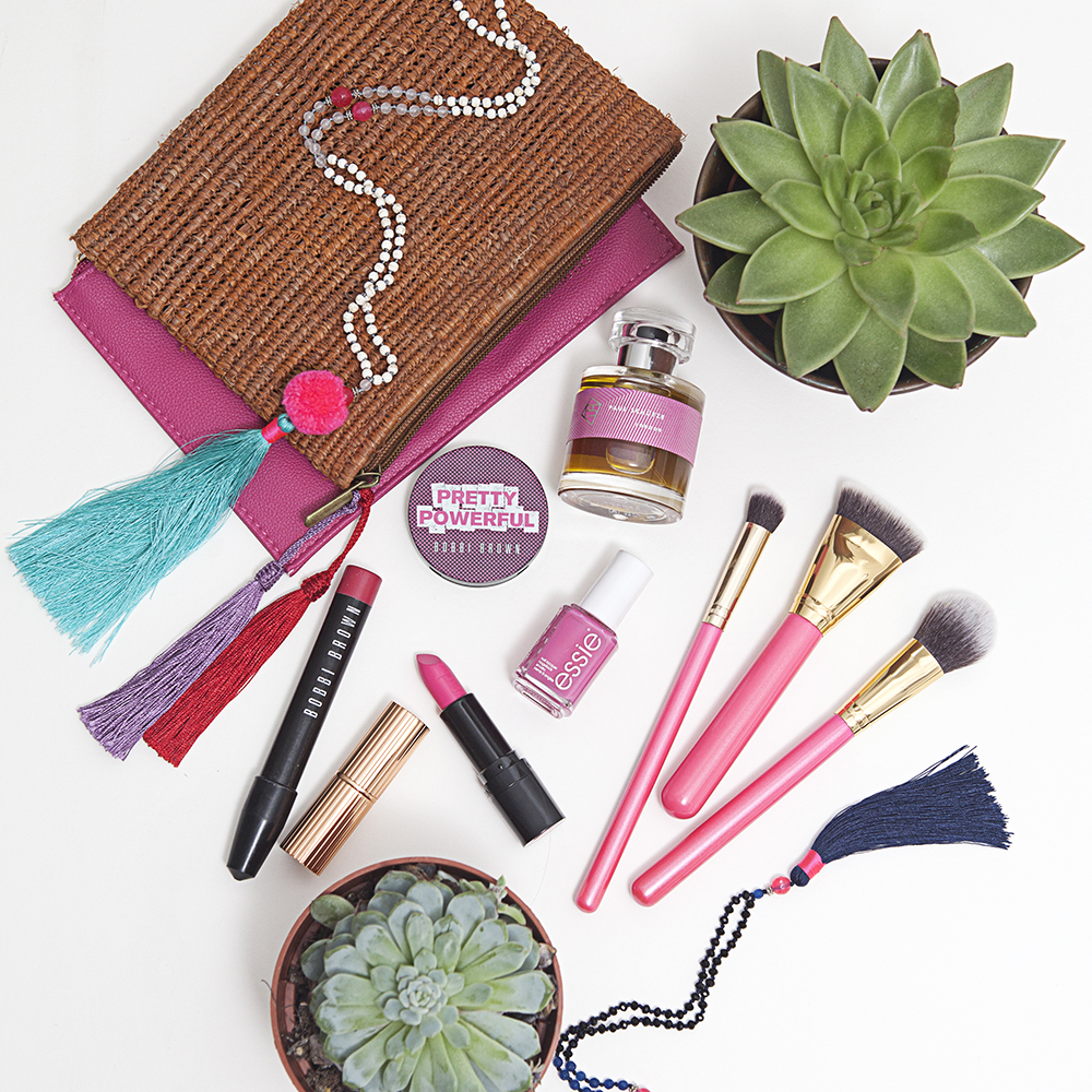 Frida Beauty flat lay
